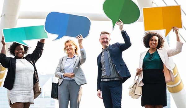 Top 5 Benefits of Being Bilingual in the Business